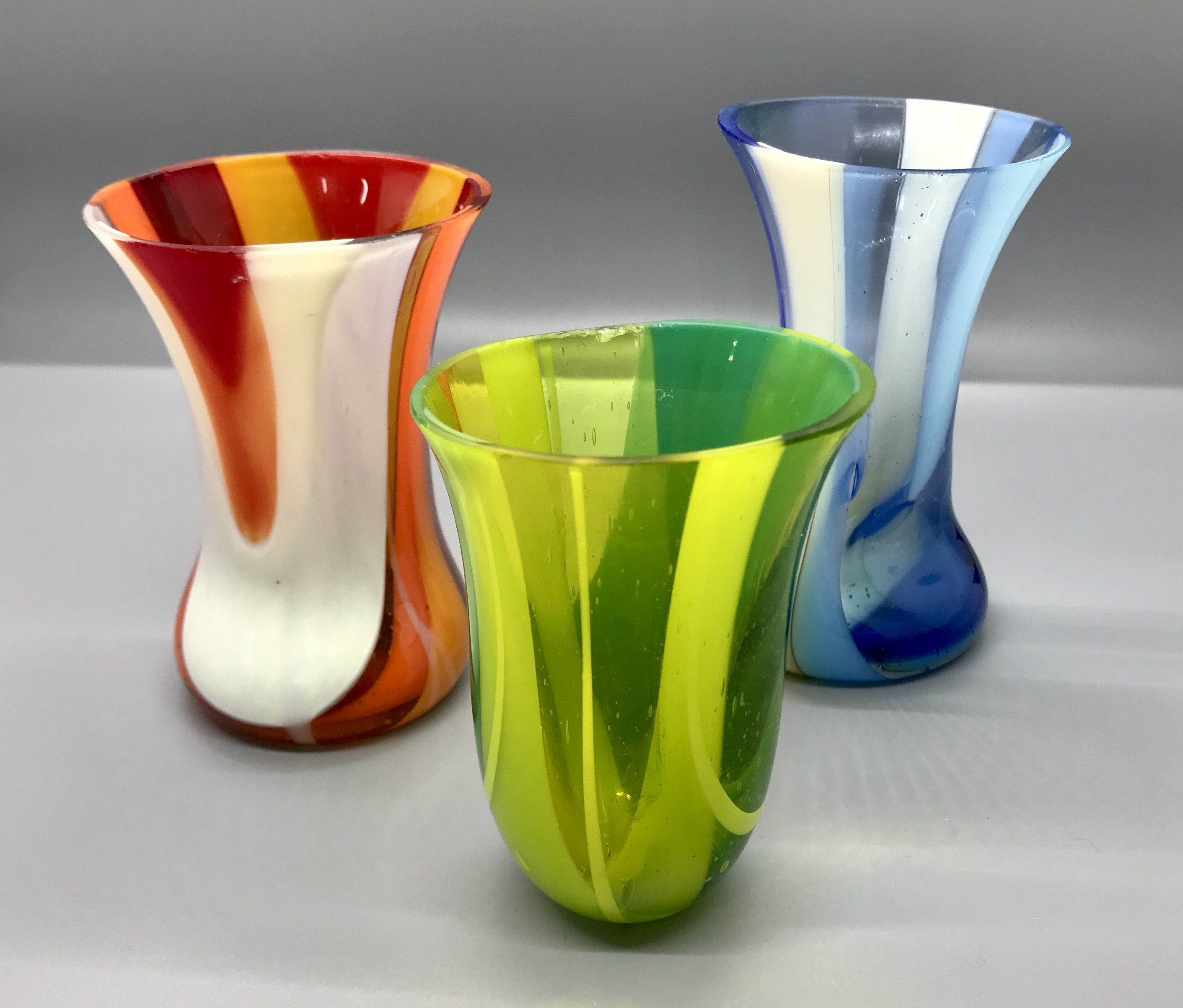 Stretch vases